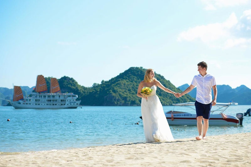 LSR4 Luxury Honeymoon Super Saving Package