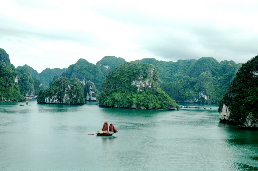 LSR3 - 4 Days 3 Nights HANOI - BAI TU LONG BAY | OFF THE BEATEN TRACK FROM MASSIVE TOURIST AREA